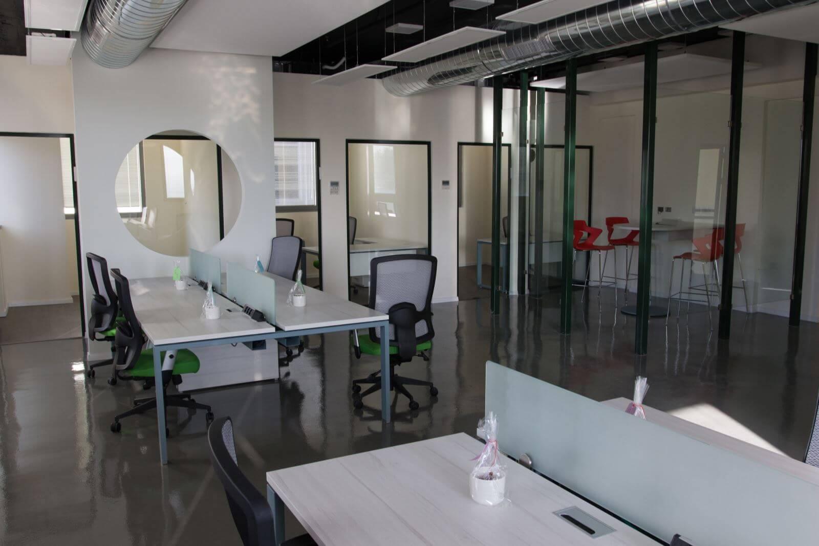 מתקדם פרוייקט במשרדי פאזל בחיפה IY-87